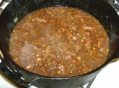Rice & Gravy - so much easier in a cast iron pan Creole Recipes, Cajun Recipes, Beef Recipes, Cooking Recipes, Rice Recipes, Cajun Chicken Stew Recipe, Jambalaya Recipe, Skillet Recipes, Casserole Recipes