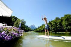 Wassersport am Riessersee, Blick vom Strandbad am See, Garmisch-Partenkirchen, Bayern - http://www.riessersee.com/