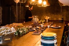 What's the secret to a good birthday party? yeah, in my opinion, a party is all about the people and those shared emotions! 30th Birthday Parties, Table Settings, Party, Place Settings, Parties, Tablescapes