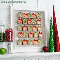 Brown paper packages themed Christmas Countdown... this is so easy and if you have an old picture frame laying around you are half way there.  You don't need to make the bags you can make little envelops... get creative!