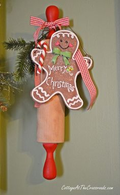 Christmas rolling pin | Cottage at the Crossroads