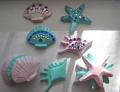 Sea shell craft for mermaid party. Flower suggestions too Fun Crafts, Diy And Crafts, Crafts For Kids, Arts And Crafts, Daycare Crafts, Toddler Crafts, Little Mermaid Birthday, Little Mermaid Parties, Mermaid Under The Sea
