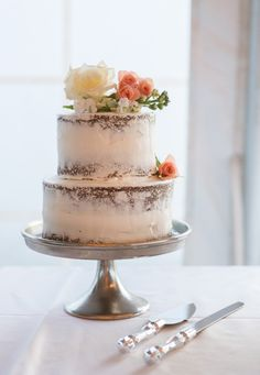 Photography : Ryon:Lockhart Photography | Catering : Kimberlys | Cake : Sugar Rush Designs Read More on SMP: http://www.stylemepretty.com/rhode-island-weddings/block-island-rhode-island/2016/01/18/romantic-destination-wedding-on-block-island/