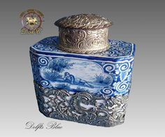 17th Delft Blue White Porcelain Tea Caddy, Delfts Blue from dutchantiques on Ruby Lane // - Maria Elena Garcia -  ► www.pinterest.com/megardel/ ◀︎