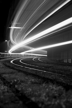 24 Magical Images of Light Trails Magical Images, Light Trails, Digital Photography School, Photo Diary, Arquitetura