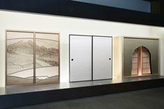 和の伝統美:左から組子細工の障子、唐紙の襖、錆壁仕上げの火灯窓