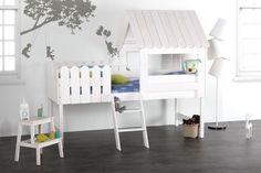 Lit cabane enfant blanc little house blanc Miliboo Childrens Cabin Beds, Kids Bedroom, Bedroom Decor, Kabine, New Beds, Kids Decor, Home Decor, Kid Spaces, Contemporary Furniture