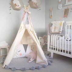Chambre épurée pour bébé. http://www.m-habitat.fr/par-pieces/chambre/preparer-une-chambre-pour-un-futur-bebe-3254_A