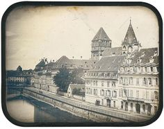 Strasbourg, quai Saint-Thomas