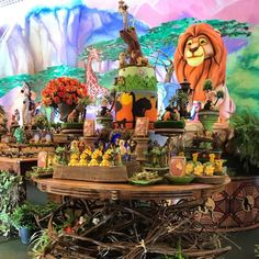 """In honor of the Lion King. """"HAKUNA MATATA """"No worries for the rest of your day""""s Is here to create a magical event for you! inspiration by Lion King Theme, Lion King Party, Lion King Birthday, Lion Party, Kids Party Decorations, Christmas Decorations To Make, Christmas Diy, Lion King Wedding, Lion King Cakes"""