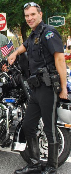 Sexy hot cop, please arrest me. Gay police uniform