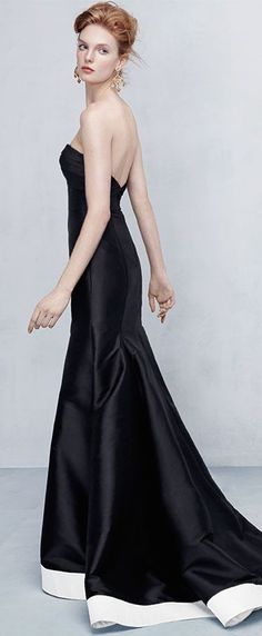 ML Monique Lhuillier Strapless Contrast-Hem High-Low Gown in Black/White ~ Follow my board (Gala @ Lyne Labrèche) for more inspiration!