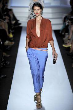 Diane von Furstenberg Spring 2011 Ready-to-Wear Collection Slideshow on Style.com