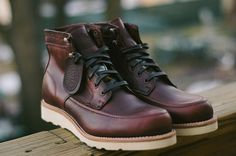 The Best Men's Shoes And Footwear : Wolverine 1000 Mile x Filson – Emerson Boots Best Shoes For Men, Men S Shoes, Leather Men, Leather Boots, Wolverine 1000 Mile, Fashion Boots, Mens Fashion, Mode Vintage, Timberland Boots