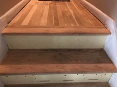 wooden floors: which option is best? Types of beaulieu carpet carpet colors and styles beaulieu carpet Beaulieu Carpet, Carpet Padding, Types Of Carpet, Types Of Flooring, Carpet Colors, Carpet Flooring, Wooden Flooring, Butcher Block Cutting Board, Floors