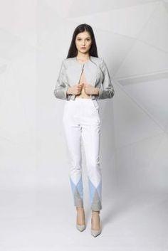 Nice and stylish! White Jeans, Spring Summer, Nice, Stylish, Shopping, Collection, Fashion, Moda, Fashion Styles