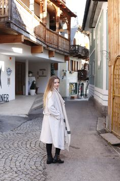 Hallstatt travel post on www.andreamurasan.com  #blog #blogpost #ontheblog #andreamurasan #travel #fashion #outfit Travel Fashion, Raincoat, Normcore, City, Outfit, Blog, Jackets, Style, Rain Jacket