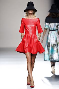 Juanjo Oliva Primavera-Verano 2014  Madrid Fashion Week