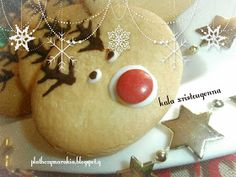 ΠΛΑΘΩ ΖΥΜΑΡΑΚΙΑ ΜΕ ΤΑ ΔΥΟ ΧΕΡΑΚΙΑ ..: ΜΠΙΣΚΟΤΑ ΒΟΥΤΥΡΟΥ ΡΟΥΝΤΟΛΦ Gingerbread Cookies, Christmas Bulbs, Holiday Decor, Desserts, Blog, Christmas Light Bulbs, Ginger Cookies, Postres, Deserts