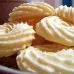 Biscoitinhos de maisena com coco que derretem na boca ❤️   Receitas Do Céu