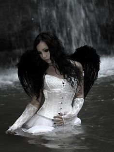 Angel After Dark. Top Gothic Fashion Tips To Keep You In Style. As trends change, and you age, be willing to alter your style so that you can always look your best. Consistently using good gothic fashion sense can help Gothic Angel, Gothic Art, Gothic Girls, Dark Gothic, Dark Beauty, Gothic Beauty, Photo Portrait, Angel And Devil, Sad Angel