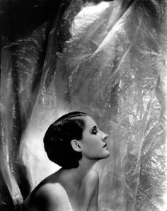 Norma Shearer. Photo by Cecil Beaton.