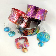 Anodised aluminium jewellery by Hazel Atkinson