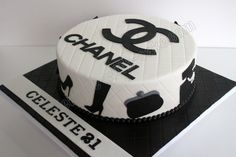 d8a1dc4839 Dee- this is a REAL chanel cake