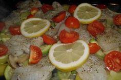 Reteta File de cod cu cartofi si rosii la cuptor Lime, Meat, Chicken, Fruit, Limes, Cubs, Key Lime
