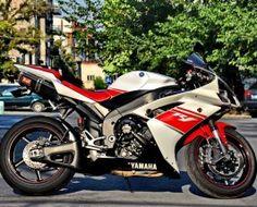 Yamaha YZF R1 Alb Roșu Yamaha Yzf R1, Second Hand