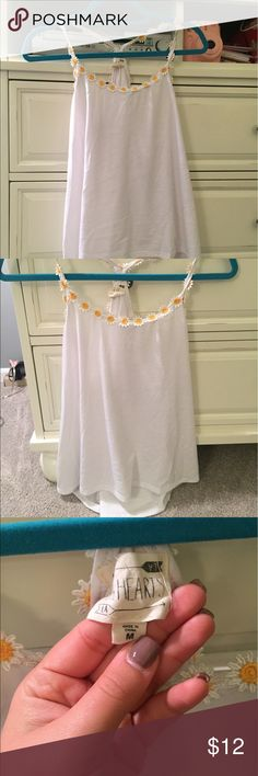 Pacsun daisy tank PAC sun La hearts brand tank top with small daisies that line the top and racerback in the back. Worn once PacSun Tops Tank Tops
