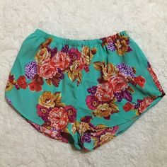 LAST CHANCE ‼️ Flower Mini Shorts  Lowest price unless bundled!  Super cute floral shorts! Elastic waist, single layer.  Happy Poshing! (✖️trade) Ambiance Apparel Shorts