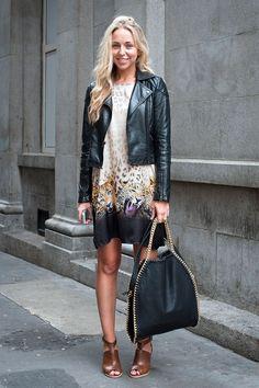 Vestido levinho sob jaqueta mais pesada