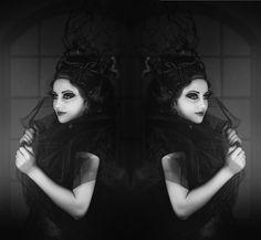 Nero Bianco, Donna, Con Mirroring, Emozioni, Artistico