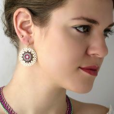 Pink and Green Beaded Mandala Jewelry Sets Pink Necklace, Seed Bead Necklace, Big Earrings, Circle Earrings, Round Earrings, Beaded Earrings, Beaded Jewelry, Seed Beads, Chain Earrings