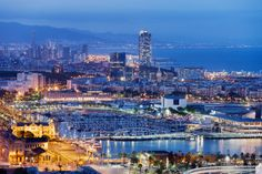 """Read """"Spain City Barcelona Guide"""" by V. Barcelona, one of the finest cities in the world, is a place all traveler must visit. Barcelona Hotels, Barcelona Skyline, Barcelona Tourist, Barcelona Guide, Visit Barcelona, Barcelona City, Barcelona Catalonia, Barcelona 2016, Spain Destinations"""