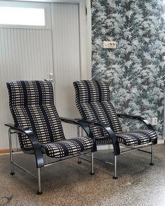 Putkirunkoiset nojatuolit saivat uuden elämän kun ne verhoiltiin Johanna Gullichsenin Nereus-kankaalla