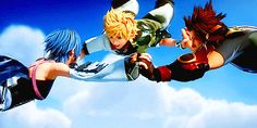 Seeing Aqua and Terra with fingers interlocked just sends me down Feels Road. My favorite OTP ever.