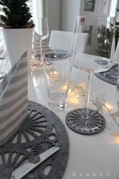 Jpg, Table Settings, Table Decorations, Christmas, Furniture, Home Decor, Houses, Winter Christmas, Yule