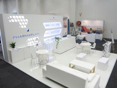 Nothing shouts pharmaceutical louder than white on white! Break through the clutter at an exhibition with an all white custom stand. Bespoke Exhibition Stands by HOTT3D