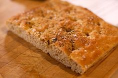 Bread What Makes Whole Wheat Different Than Sourdough? All Carb Diet, No Carb Diets, Types Of Bread, Diy Food, Banana Bread, Delish, Grilling, Cooking, Desserts