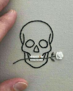 Simple looking embroidered skull and rose in teeth - . Simple looking embroidered skull and rose in teeth - Knitting , lace pro. Broderie Simple, Diy Broderie, Hand Embroidery Stitches, Cross Stitch Embroidery, Simple Embroidery, Rose Embroidery, Cross Stitch Skull, Embroidery Ideas, Sewing Stitches