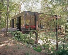 Memories. The house from Ferris Bueller for sale. Built in 1953, The Ben Rose House — located in Highland Park, Illinois — was designed by architects A. James Speyer and David Haid.