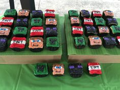Minecraft cupcakes made by The Cake Joint in Peru, IN jnsteele