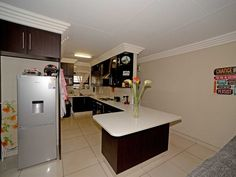 2 Bedroom Apartment For Sale in Ravenswood | Kingstons Real  Estate