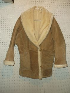Wilsons Leather Tan Suede Leather Fur Heavy Coat Size MEDIUM Women's #WilsonsLeather #BasicCoat