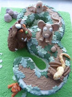 Gruffalo Cake: you could do any number :) Second Birthday Ideas, 3rd Birthday Parties, Birthday Cakes, Girl Birthday, Gruffalo Party, Gruffalo's Child, Gateau Cake, Fab Cakes, Afternoon Tea Parties