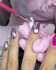 """Purple chrome, 50₽ 1 ноготь, покрытие Bluesky, 700₽  Рекомендуем всем кто хочет сделать chrome nails перед процедурой мы посыпали на ногти акриловую пудру, услуга """"акриловое укрепление"""" ногтевой пластины (500₽), ноготь в период носки не скручивается, покрытие не трескается, ноготь идеально выравнивается для лучшего зеркального отражения. Покрытие с акриловый укреплением держаться до 7 недель!!! После акрилового укрепления, Наносим цвет геля или гель-лака, сушим в лампе. Далее наносим Сп..."""