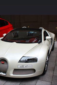 Bugatti Veyron- ♔LadyLuxury♔