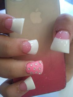 Wide nails look a rt Flare Acrylic Nails, Flare Nails, Fabulous Nails, Gorgeous Nails, Wide Tip Nails, Pink White Nails, Duck Nails, Really Cute Nails, Nails Only